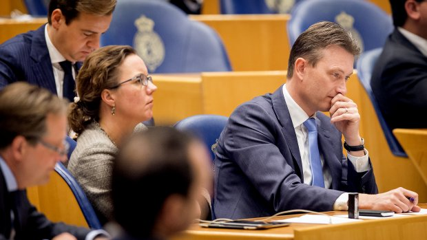 VVD: vijf bed-bad-broodlocaties 'geen dictaat'