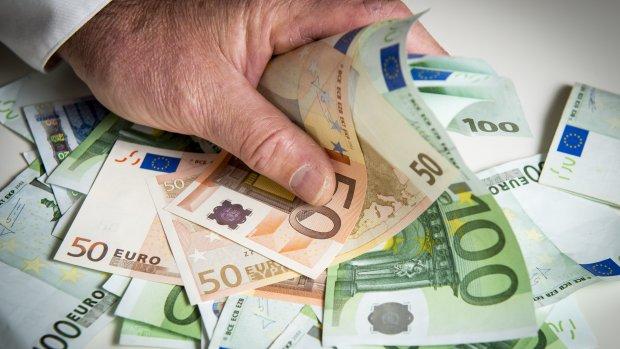 Ontslagen ECN-bestuurder kreeg 400.000 euro mee