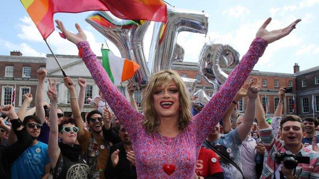 Kijk live mee: feest in Dublin