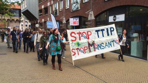 In heel Nederland demonstraties tegen handelsverdrag TTIP