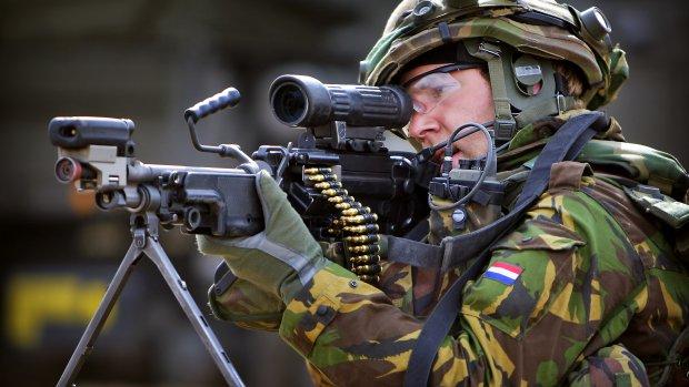 Politiek eist opheldering over 'beschamend' munitietekort