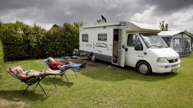 De campercamping rukt op: 'Niet lucratief, wel gezellig'