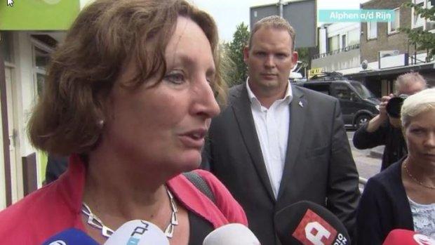 Burgemeester Alphen bezoekt ravage: Het is gruwelijk