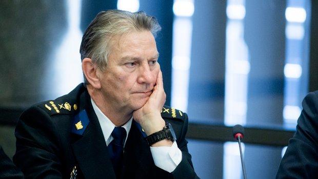 Korpschef: Geweld agent anders beoordelen