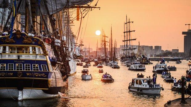Sail uitzwaaien met Thank You-parade