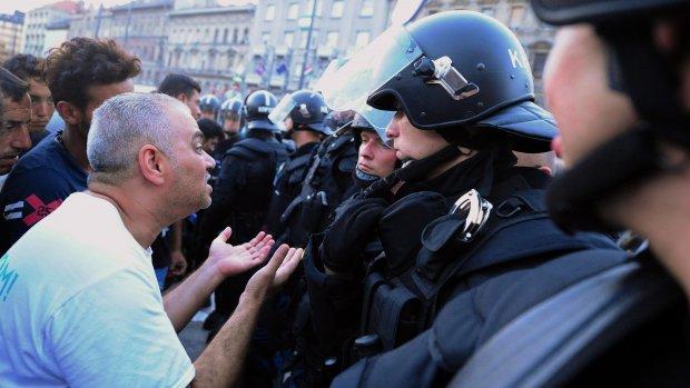 Crisis Boedapest: 'Je voelt de spanning'