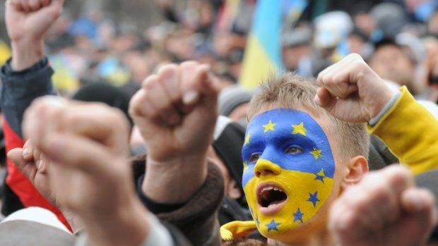 EU vindt 'tijd rijp' voor visumvrij reizen Oekraïners