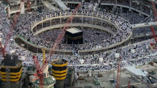 Kraan valt op mensenmassa in Mekka: zeker 107 doden
