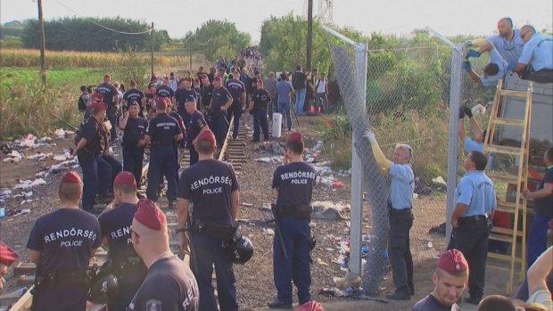 Hongarije heeft grens nu helemaal gesloten