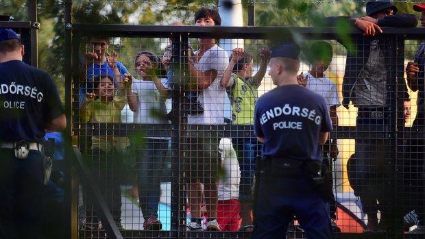 Vluchtelingen massaal naar Kroatië