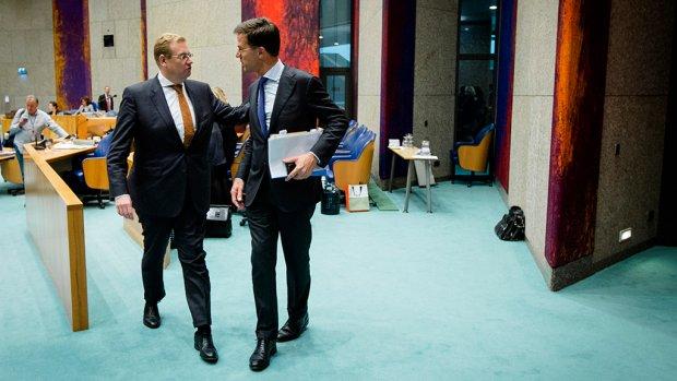 Rutte: Van der Steur zit niet in de problemen