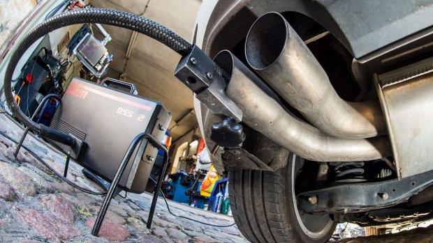 Volkswagen dieper in de ellende: stelt publicatie jaarcijfers uit