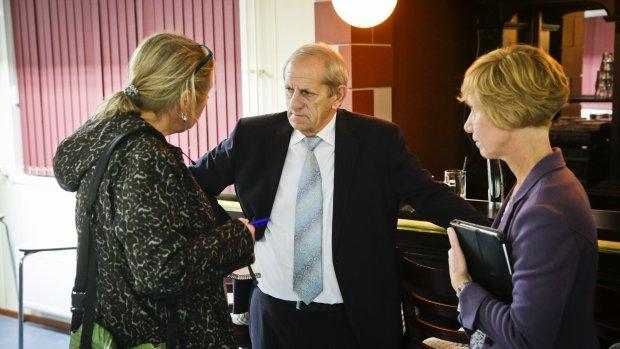 Burgemeester Oranje: Bevolking is vertrouwen kwijt