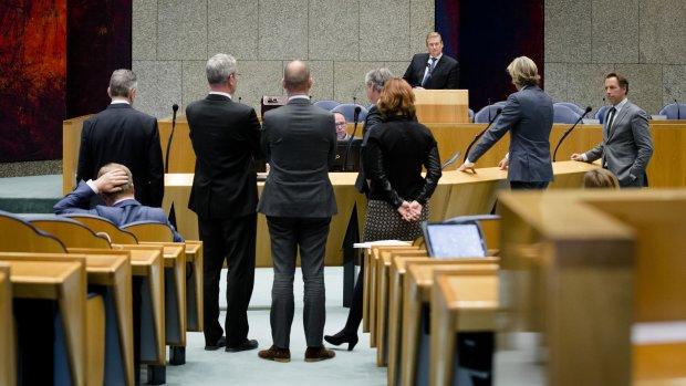 Lek affaire-Stiekem blijft geheim: 'Dit schaadt imago van de politiek'