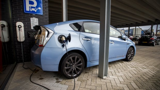Toyota wil uitstoot auto's met 90 procent terugdringen in 2050