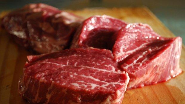 'Vlees op zwarte lijst kankerverwekkende producten'