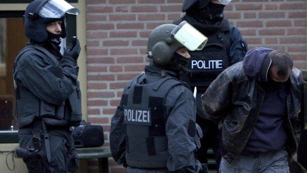 Wie komen in actie bij een terroristische aanval in Nederland?