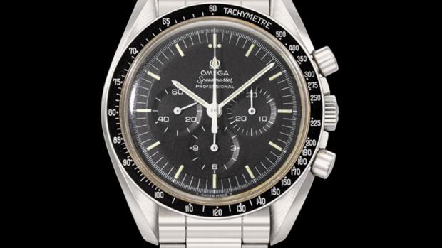 Dit horloge ging mee naar de maan en je kunt het nu kopen