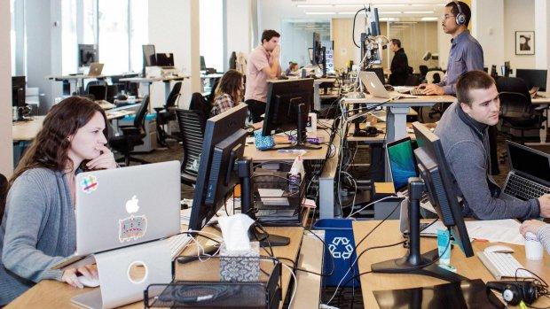 Slack laat werkgevers in privéchats personeel neuzen