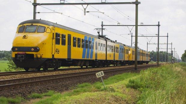 NS houdt oude treinen in de running en stelt onderhoud uit
