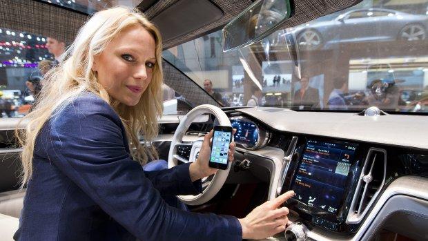 Apple en Google navigeren autobezitters door kaartendoolhof