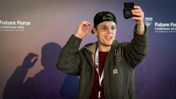 Zo verdienen Youtubers hun geld
