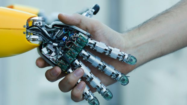'We moeten ons voorbereiden op massawerkloosheid door robots'