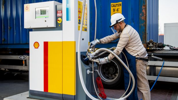 Shell boekt hoger dan verwachte winst en houdt dividend gelijk
