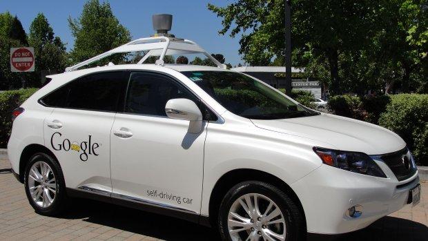 Zelfrijdende auto Google botst op bus