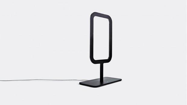 'Lichtgevend raam' als lamp op tafel
