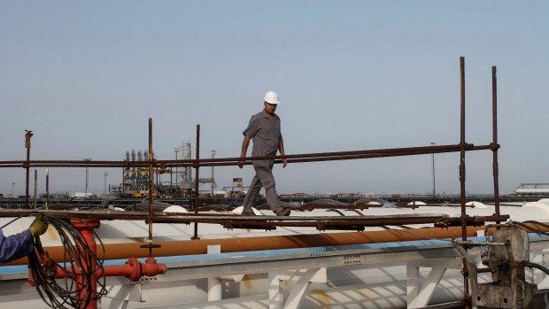 'Saoedi-Arabië wil volgend jaar deel olieconcern verkopen'