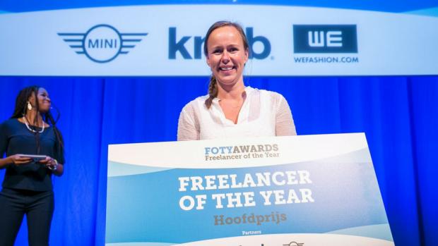 Beste zzp'er is Leoni Blokhuis: spelersmakelaar vrouwenvoetbal
