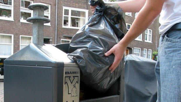 Gemeente mag burgers volgen bij weggooien afval