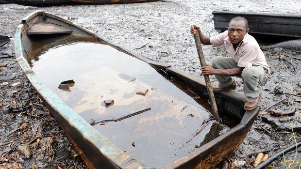 Nigeria eist 5,6 miljard euro van Shell wegens olielek