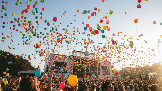 Festivals beconcurreren elkaar suf, omzet daalt