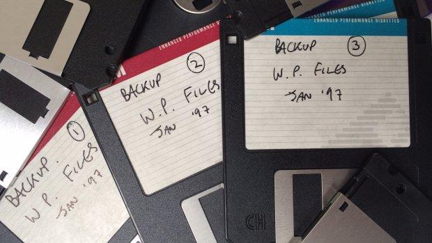 Problemen gemeenten met floppy's en tapes: archieven incompleet