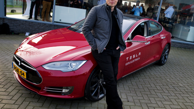 Tesla roept 53.000 auto's terug wegens problemen met de handrem