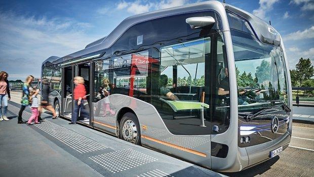 'Cadeautje' voor Nederland: zelfrijdende bus van de toekomst