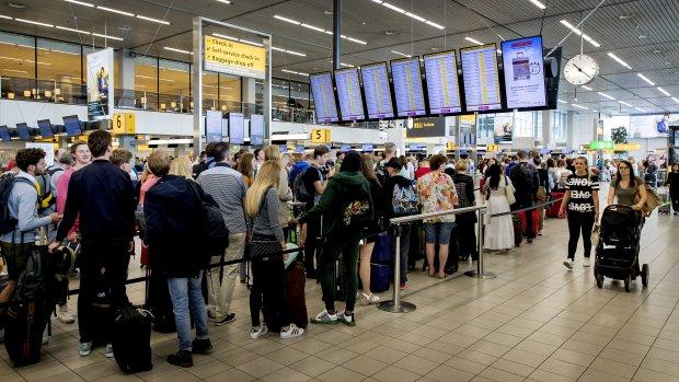Prijzen van vliegtickets dalen vliegensvlug