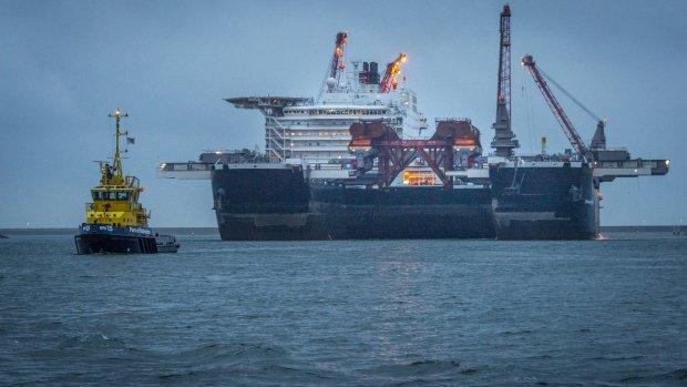 Grootste schip op weg naar eerste klus