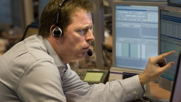 AEX-fondsen KPN, NN en Vopak verliezen flink