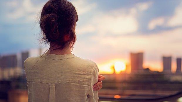 Schrijnende eenzaamheid in drukke stad: zo eenzaam is jouw wijk
