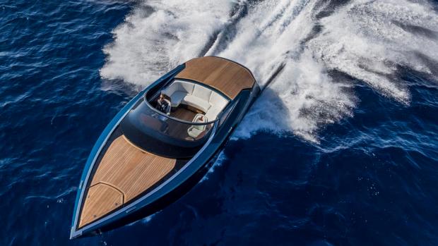 Typisch 007: deze luxe speedboat van Aston Martin