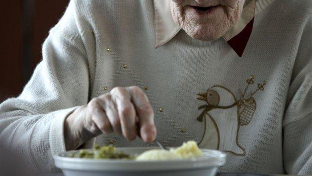 Ondernemer zorgt ervoor dat ondervoede ouderen weer eten