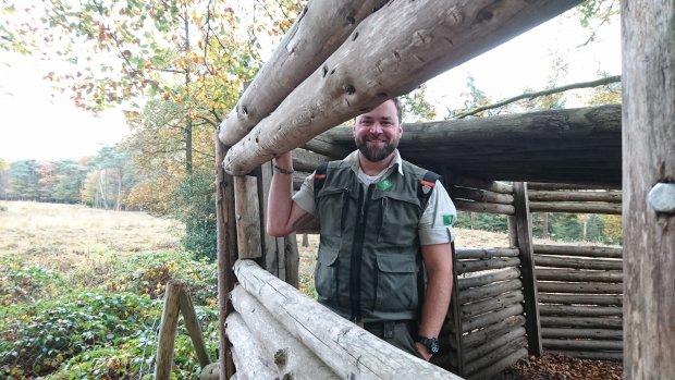 Tim Hogenbosch gooide het roer om en werd boswachter