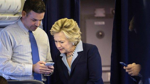 Zo bespelen Trump en Clinton hun kiezers met advertenties