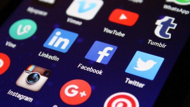 Twitter, Facebook en Google gaan nepnieuws aanpakken