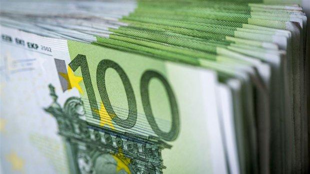 Nog veel excessieve ontslagvergoedingen betaald met publiek geld