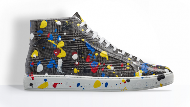 Zo worden Dior-sneakers van 1000 euro gemaakt