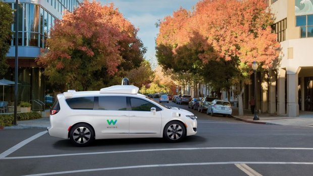 Fiat bouwt 100 zelfrijdende auto's voor Google-startup Waymo